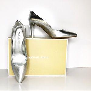 Michael Kors Dorothy Flex metallic silver pump 7.5